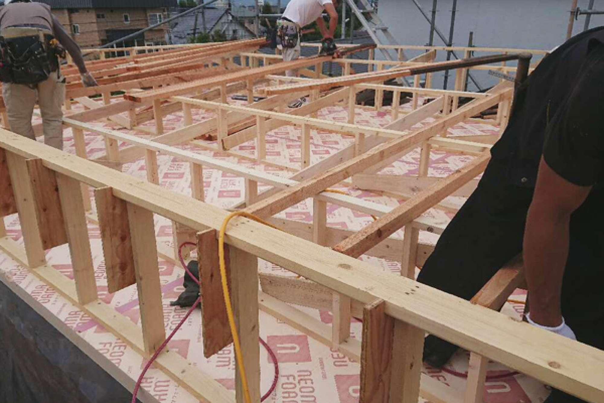 9月6日 屋根造作 -  -  -
