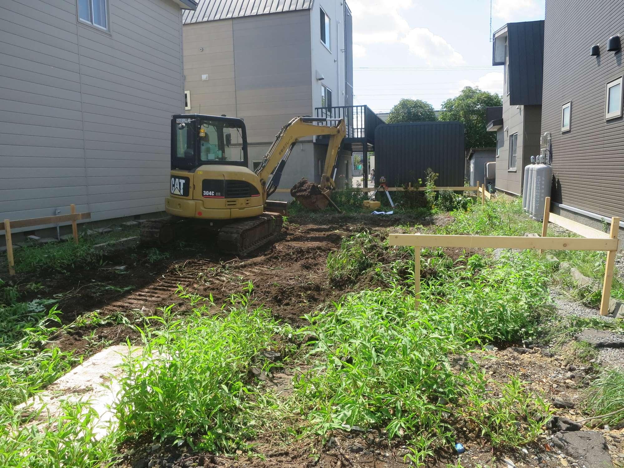 掘削工事 -  -  -
