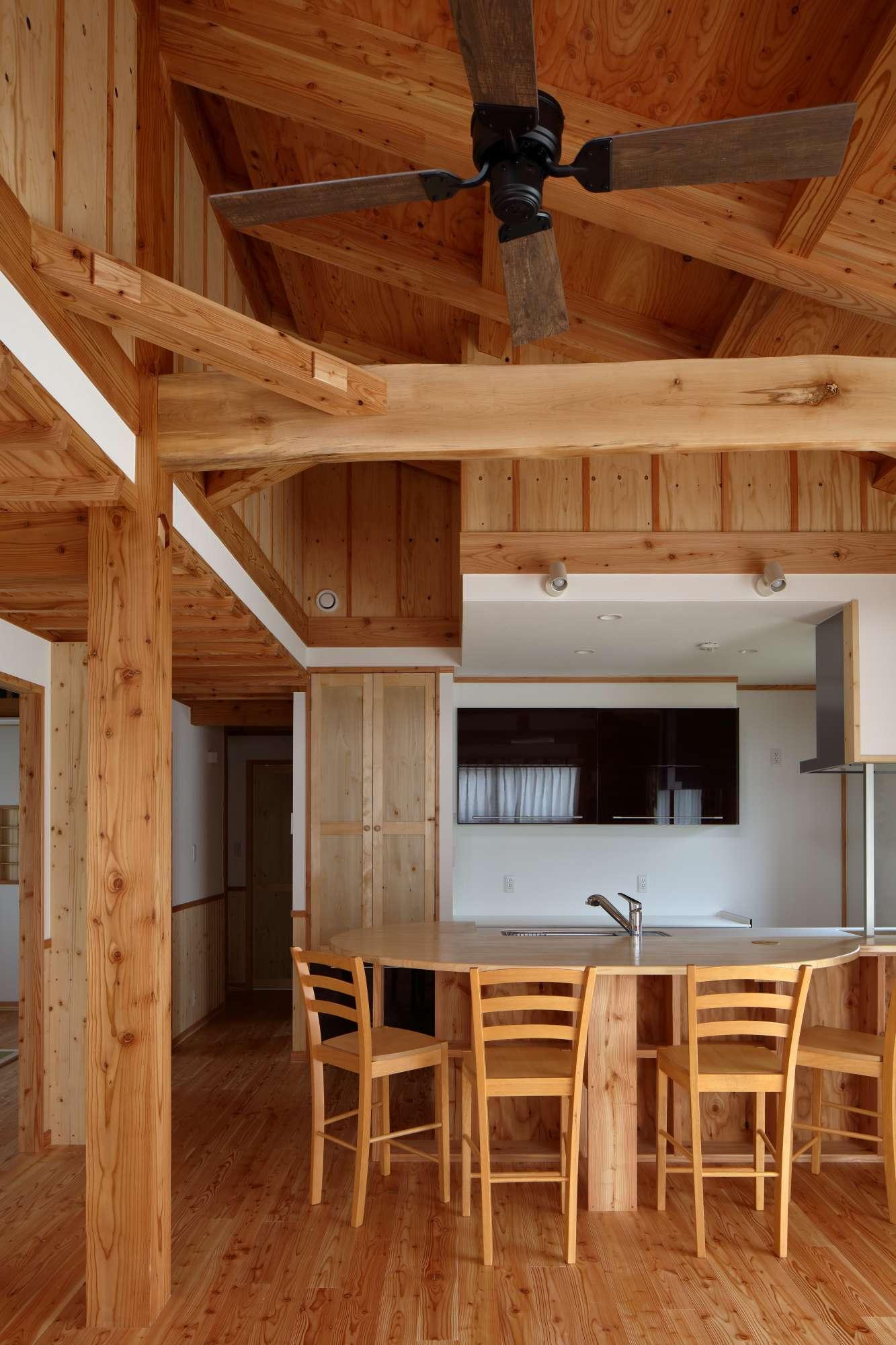 キッチンの造作カウンターテーブル -  -  -