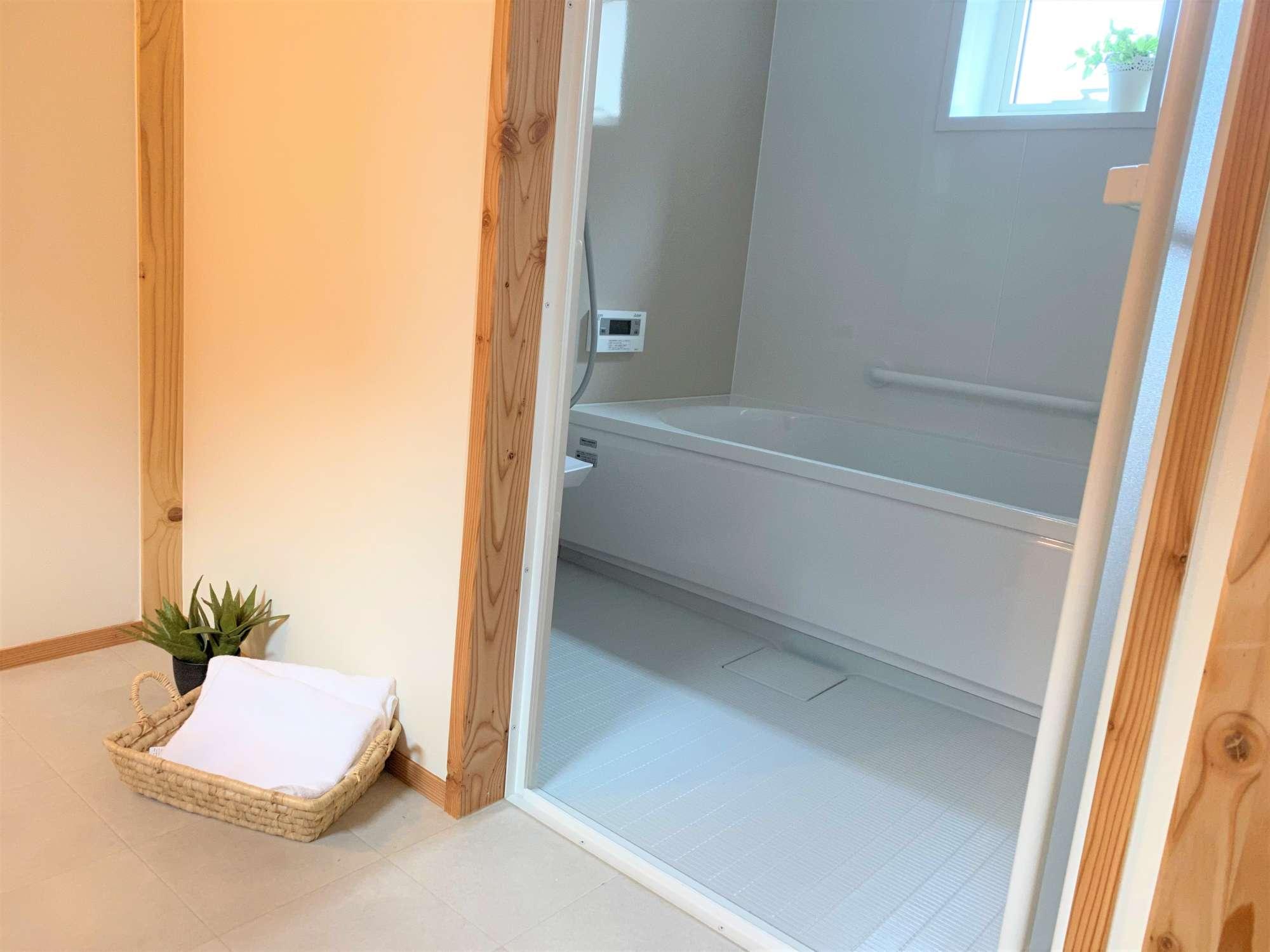 2階 浴室 -  -  -
