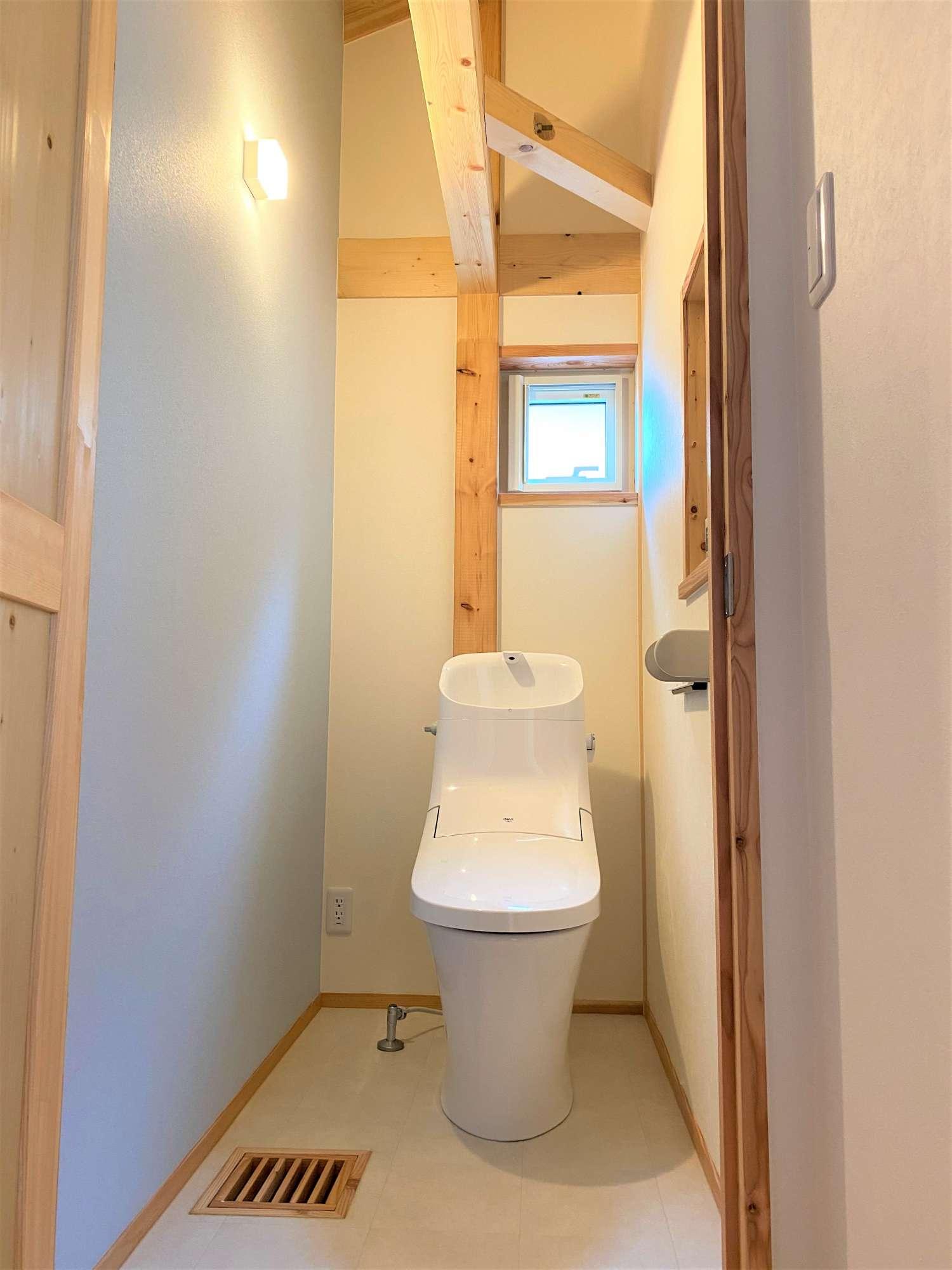 2階 トイレ -  -  -