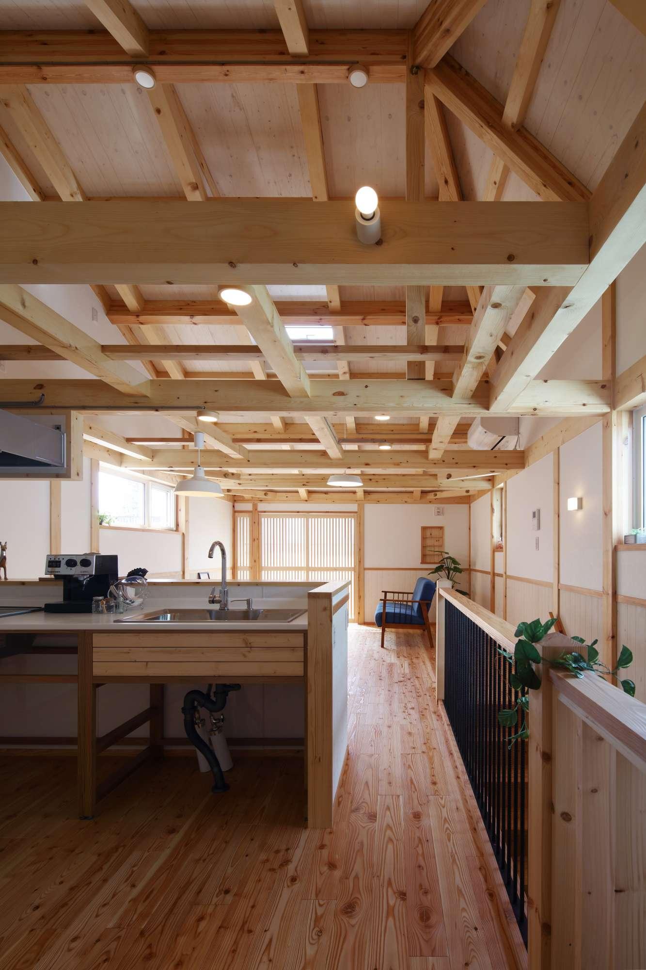 真壁工法・あらわしの梁・構造を見せる家 -  -  -