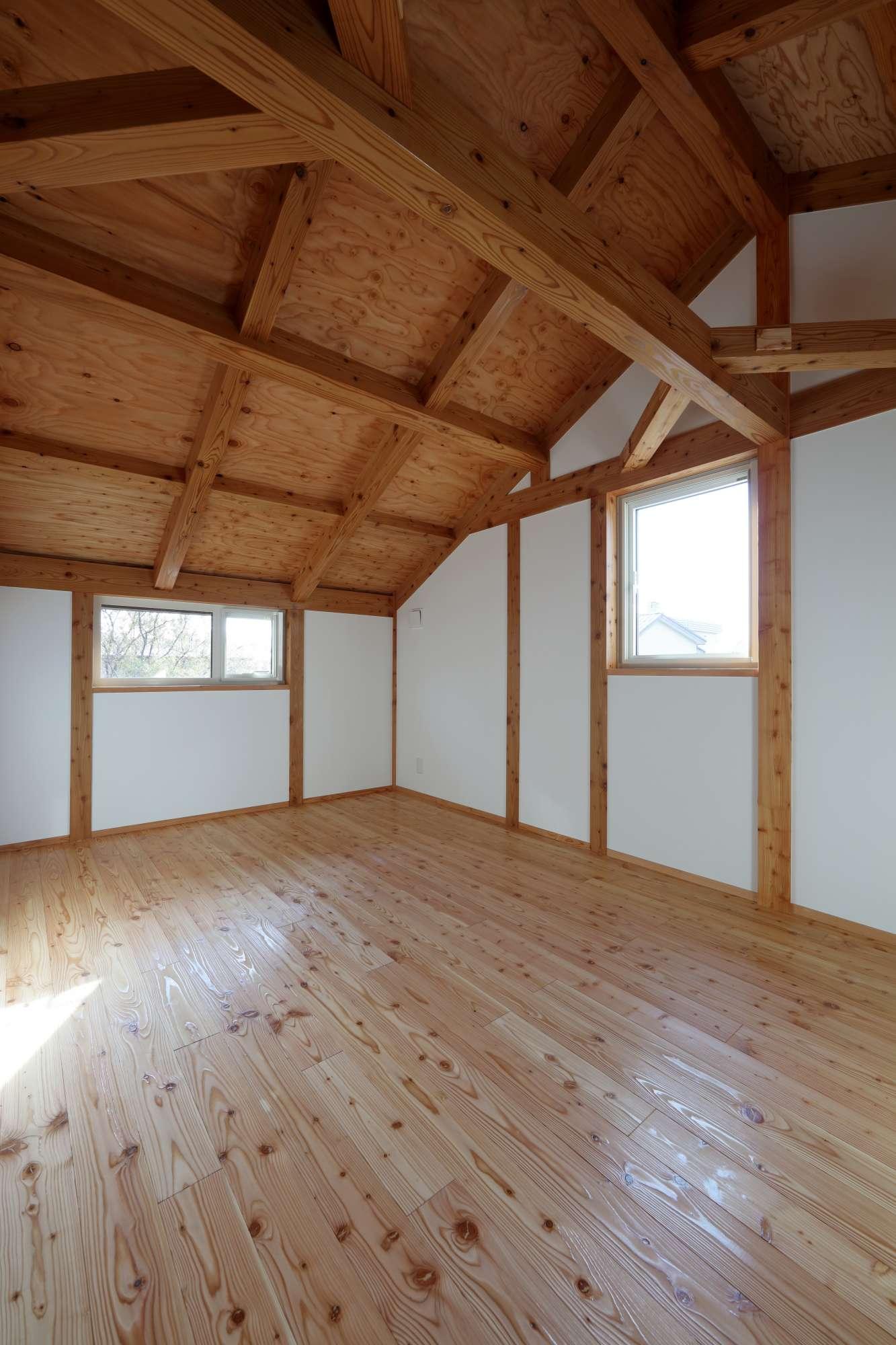 表しの天井、真壁 -  -  -