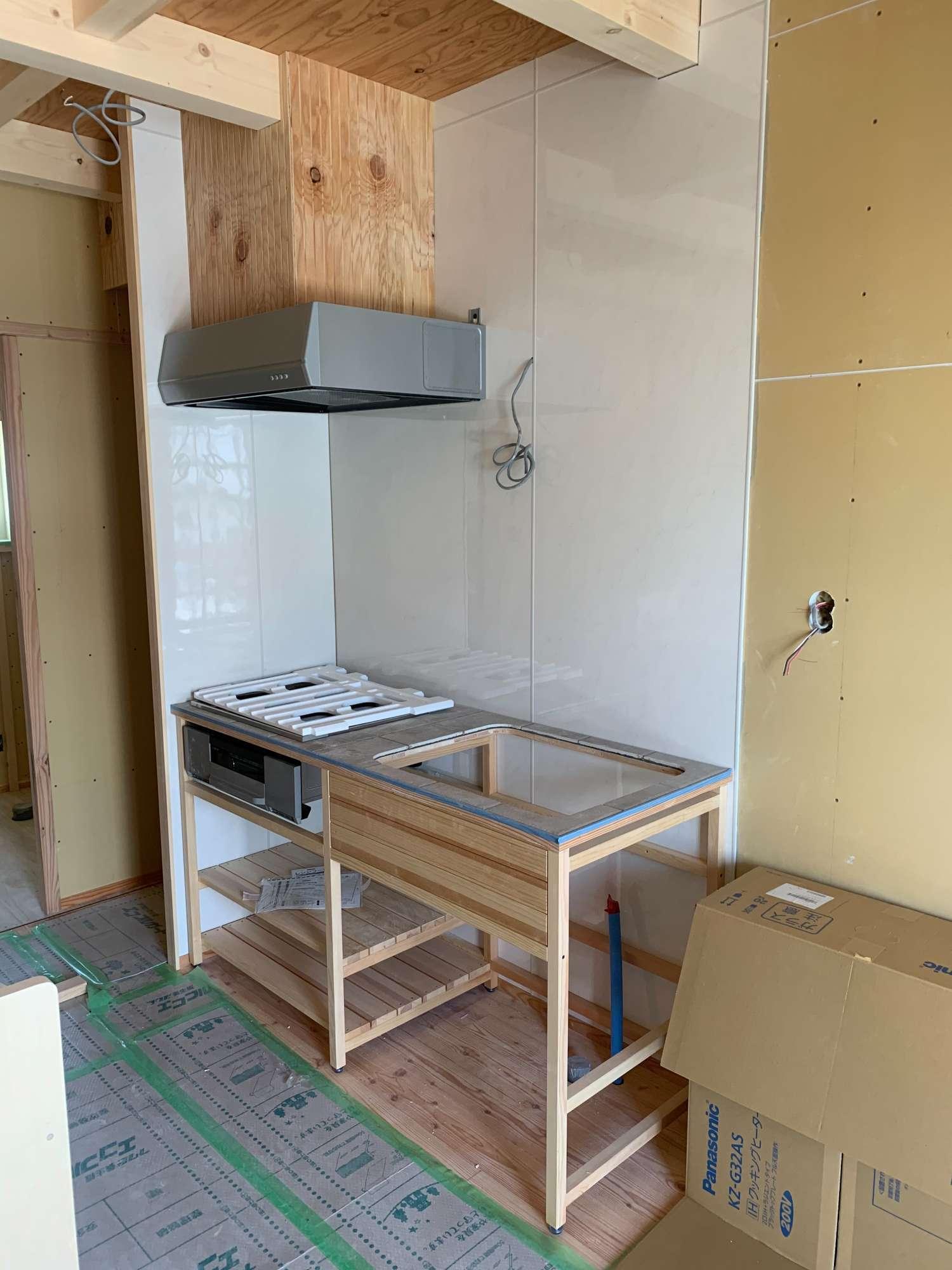 造作キッチン取付 -  -  -