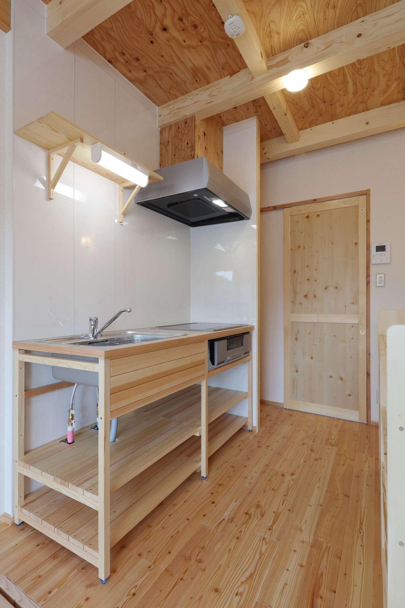 地産地消、木組みのアパート -  -  -