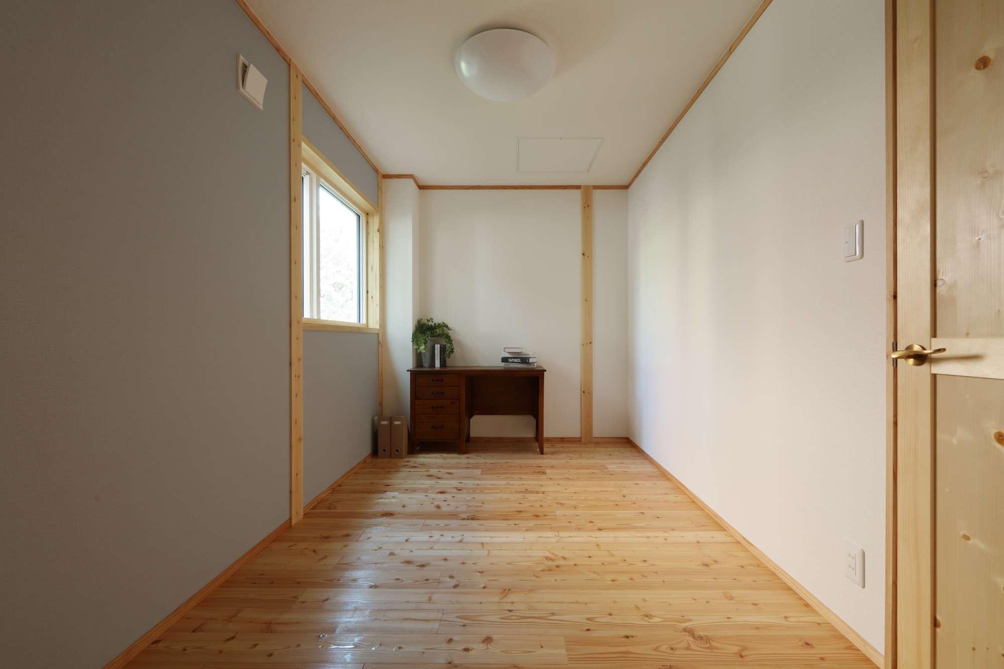 1階には個室が3部屋 -  -  -