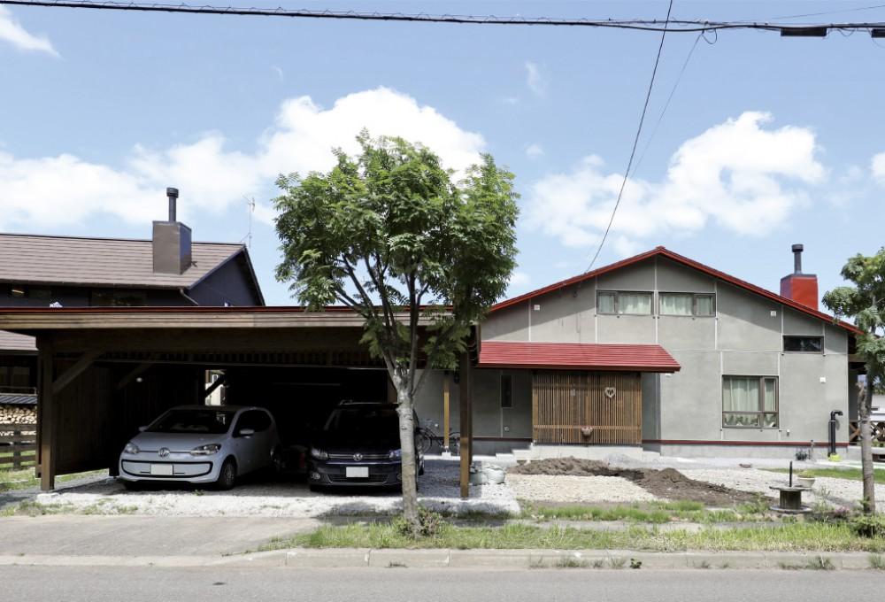 勾配屋根のカーポート -  -  -